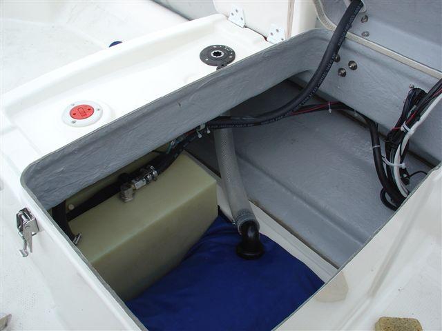installation douchette de pont sur un bombard explorer sb ii 530. Black Bedroom Furniture Sets. Home Design Ideas